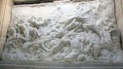 """Le relief des """"Passions humaines"""" restauré et à nouveau visible au Cinquantenaire"""