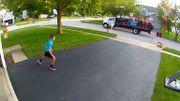 Vidéo insolite: un jeune basketteur réussit son panier et est acclamé par la fanfare