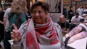 Mamy Nicole visite le Noir convention Tatoo dans Plan Cult