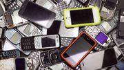 Le nombre de smartphones non utilisés équivaut au poids de 54 Boeing 747-8
