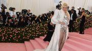 """Gwen Stefani sacrée """"icône de mode"""" par les E! People's Choice Awards"""