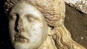 Grèce: le tombeau antique d'Amphipolis dévoile enfin le squelette du défunt