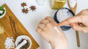 Besoin d'une bonne crème hydratante pour les mains ? Rien de tel que de la faire soi-même !