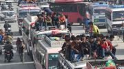 Ils sont nombreux à se bousculer pour quitter Katmandou