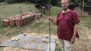 Rochefort: des passionnés reconstituent un village gallo-romain et une arène de gladiateurs