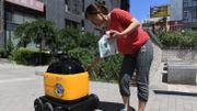 Comme sur des roulettes: le robot livreur débarque en Chine
