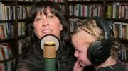 Alanis Morissette chante avec sa fille