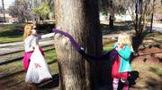 Des arbres à écharpes en rue !