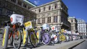 Vélo devant l'opéra de Vienne