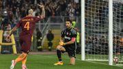 La Roma et Nainggolan, buteur, passent trois goals à la Juve et gardent espoir