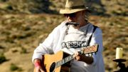 "Neil Young : un film et un album pour les 50 ans d'""After the Gold Rush"""