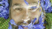 """Thierry Boutemy, fleuriste: """"Même si je suis fleuriste et que je suis entouré de fleurs tous les jours, ça ne me suffit pas, j'ai vraiment besoin de la nature"""""""