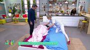 Comment changer les draps de lit quand un patient y est alité ?