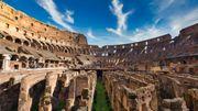 Un touriste arrêté pour avoir gravé ses initiales dans le Colisée, il risque un an de prison
