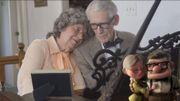 """Un couple d'octogénaires reprend le thème du film """"Là-Haut"""" pour fêter leurs 60 ans de mariage"""