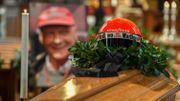 """""""Tschüss Lauda"""" : L'Autriche a dit adieu à son héros"""