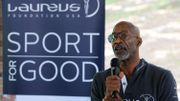 """Dopage: l'AMA """"m'a demandé de me taire"""", affirme l'ancien athlète Edwin Moses"""