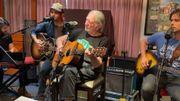 Willie Nelson et ses fils rendent hommage à John Lennon