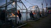 Des serres pour isoler chaque table à Amsterdam, une solution pour les restaurants ?