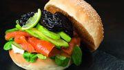 Recette : Bagel de saumon, citron vert et pruneaux