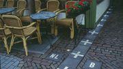 La frontière hollando-belge près d'un café de Baerle-Duc