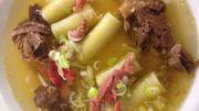 """Rigatoni farcis, veau et parmesan, bouillon """" phô """" à la cannelle et anis"""