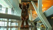 Une sculpture monumentale de KAWS dévoilée au Qatar