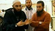 L'Anversois Hicham Chaib ici à droite, en compagnie du prédicateur djihadiste anversois Fouad Belkacem