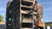 La démolition de l'ancienne dentisterie de Bavière a concrètement débuté