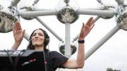 Quelque 3.000 privilégiés au DJ set d'Amelie Lens au pied de l'Atomium à Bruxelles