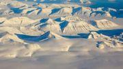 Svalbard, 78° de latitude nord, un décor de bout du monde entre la Norvège (pays souverain sur l'archipel) et le pôle Nord.