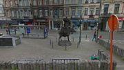 La statue actuelle, vue depuis la rue Rubens.