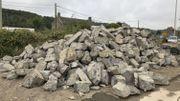Les pierres de l'ancien pont des Trous ont été acheminées à Andenne.