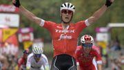Stuyven remporte le GP de Wallonie haut la main au sommet de la Citadelle de Namur