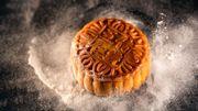 Pourquoi mange-t-on un mooncake à l'occasion de la Fête de la Lune en Asie ?