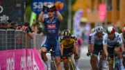 Victoire belge de Tim Merlier dans la 2ème étape du Giro, Remco Evenepoel passe de la 7ème à la 4ème place au général