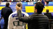 Nickolay Nikiforov avec son fils Toma