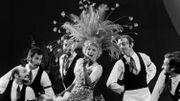"""La chanteuse belge Annie Cordy répète la pièce célèbre outre Atlantique """"Hello Dolly"""" mise en scène par Raymond Vogel au théâtre Mogador à Paris le 28 septembre 1972. AFP PHOTO"""