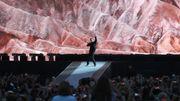 En Argentine, U2 attend que Messi termine son match pour jouer
