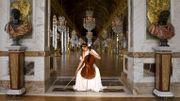 """Camille Thomas fait chanter le Château de Versailles avec """"Dalla Sua Pace"""" de Mozart"""