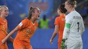 Grâce à un penalty, les Pays-Bas émergent en toute fin de match face à un malheureux Japon