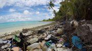Des scientifiques alertent: des tonnes de plastiques s'accumulent sur un archipel du bout du monde
