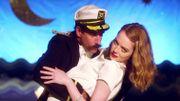 La belle Emma Stone danse de manière un peu folle dans le clip de Will Butler d'Arcade Fire