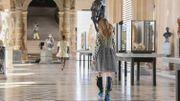Louis Vuitton rend hommage à Daft Punk dans son défilé au Louvre