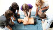 Cours de premiers soins : 10 heures en 6 ans... C'est suffisant ?