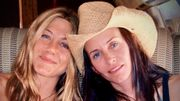 Pour ses 52 ans, Jennifer Aniston reçoit des photos-souvenirs inédites
