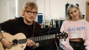 Backstage, Anne-Marie et Ed Sheeran chantent ensemble '2002' et s'amusent beaucoup