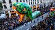 """A Lille, des milliers de personnes pour la parade du festival """"Eldorado"""""""