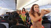 """Elle crée """"Bikini airlines"""" et devient milliardaire"""