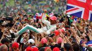 Hamilton triomphe à domicile pour la 6e fois, Vettel à la faute et hors des points